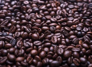 Am aromatischsten schmeckt Kaffee aus frisch gemahlenen Bohnen. Quelle: unsplash.com