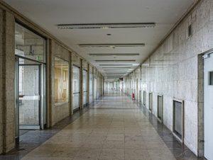 Teile des Fluhafens Berlin Tempelhof wurden bis heute nie vollendet. Quelle: 59plus