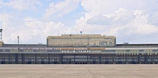 Der Flughafen Berlin Tempelhof von außen. Quelle: 59plus