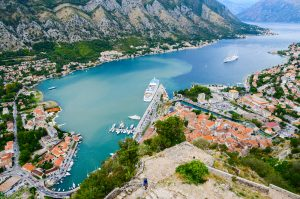 Wer Kotor besucht, sollte einen Stopp in der gleichnamigen Bucht einplanen. Quelle: Shutterstock.com