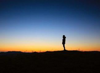 Viele Menschen haben eine begründete Angst vor der Einsamkeit im Alter. Quelle: pixabay.de