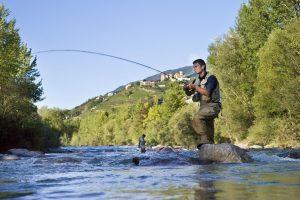 Im Meraner Land kann man wunderbar Fliegenfischen, z.B. in der Passer. Quelle: MGM