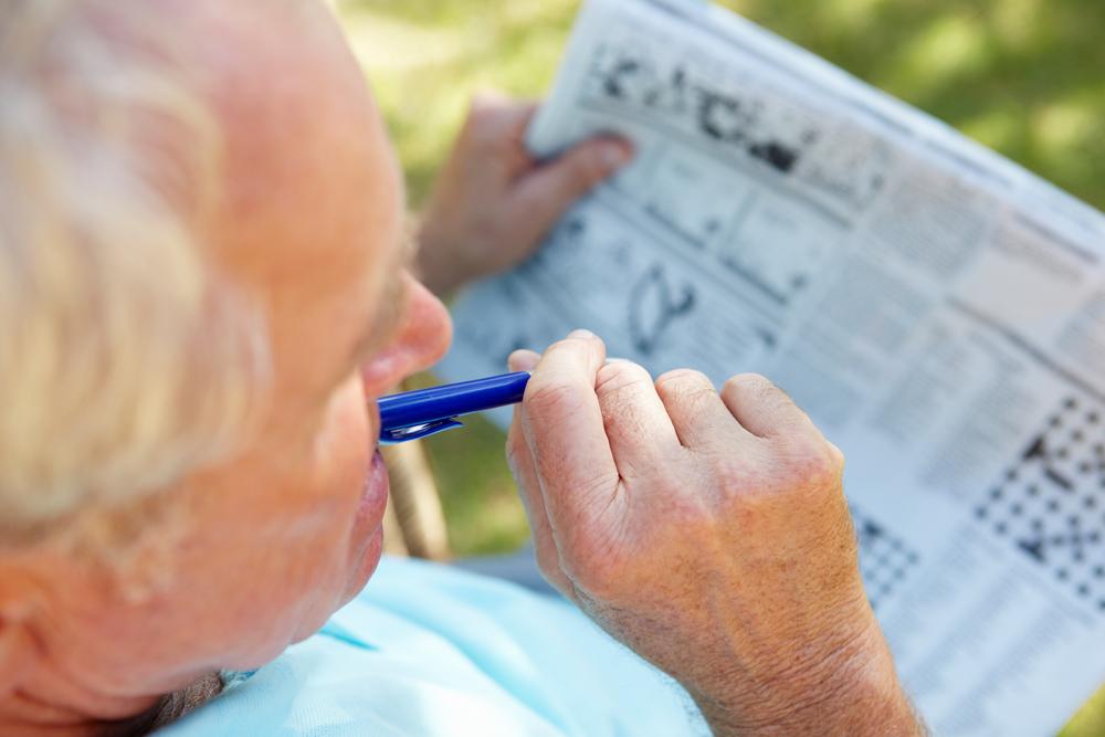 Es gibt ganz unterschiedliche Formen von Gehirn Jogging, z. B. Kreuzworträtsel. Bildquelle: © Shutterstock.com