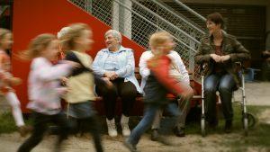 Das generationenübergreifende Musikprojekt von Simone Willig ist mittlerweile preisgekrönt. Quelle: www.joergplechinger.de