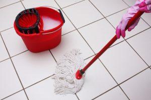 In der Kehrwoche nehmen es die Schwaben mit der Reinlichkeit besonders genau. Quelle: Shutterstock.com