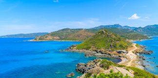 Korsika - ein traumhaftes Reiseziel im Mittelmeer. Quelle: Shutterstock.com