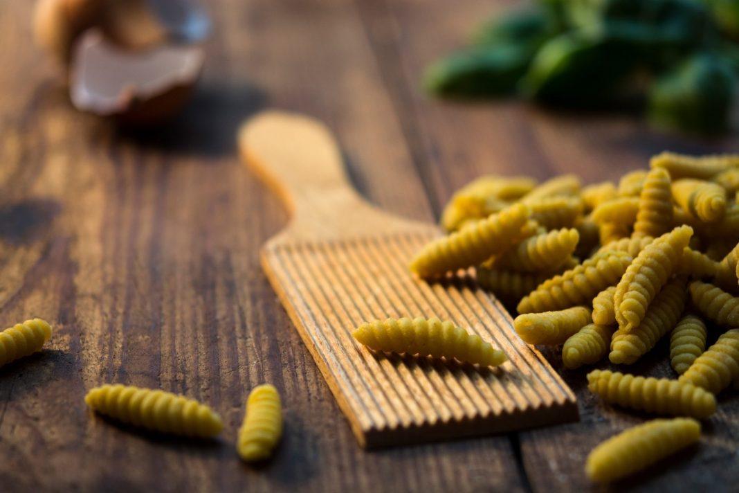Mit den sizilianischen Fenchelnudeln zaubern wir uns ein Stück Italien auf den Tisch. Bildquelle: © Jonathan Pielmayer / Unsplash.com