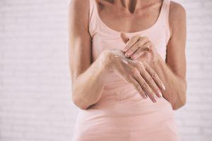 Für schöne Hände gönnen Sie sich eine gute Pflege. Quelle: Shutterstock