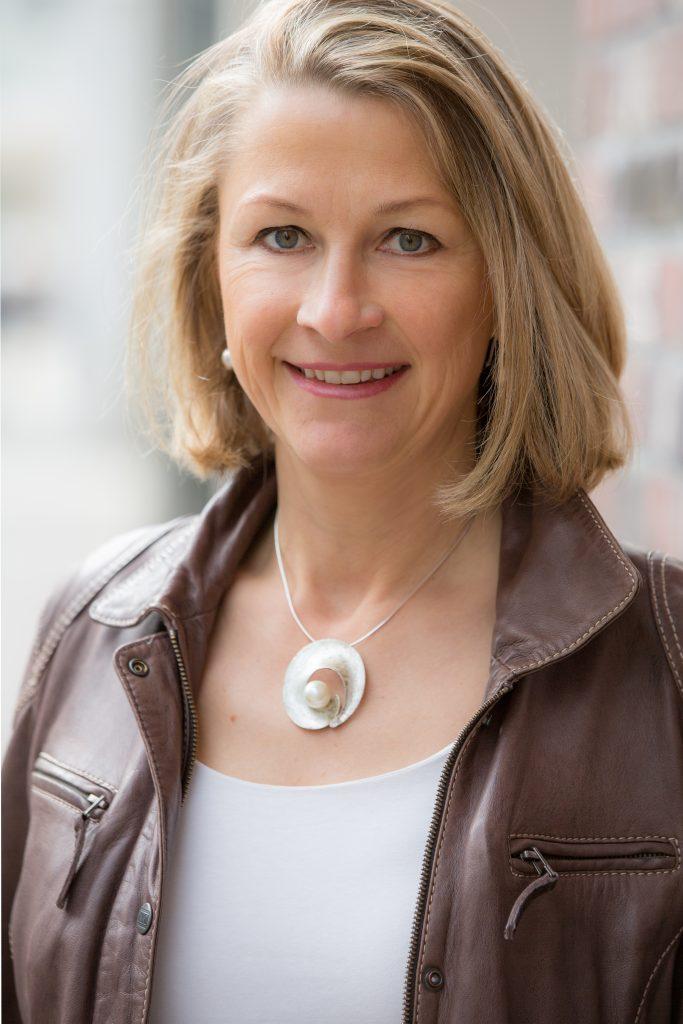 Die Medizinjournalistin und Autorin Cornelia Stolze. Quelle: ©Helge Mundt