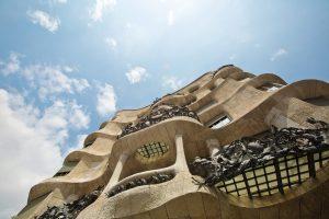 Bauten des Künstlers Gaudi begnen Ihnen an fast jeder Strassenecke. Quelle: Pixabay.de