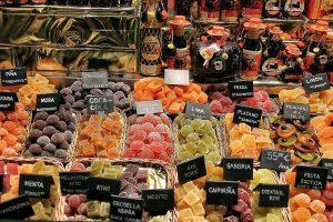 Die unzähligen Märkte laden zu vielen außergewöhnlichen Leckereien ein. Quelle: Pixabay.de