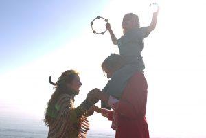 Ben und seine Familie genießen ihr Leben in der Natur. Quelle: © 2012 UNIVERSUM FILM GMBH - ALLE RECHTE VORBEHALTEN