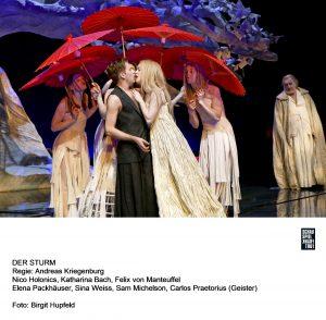 Unklar ist ob Miranda und Ferdinand schließlich in ihrer Liebe zusammen finden. Quelle: Birgit Hupfeld / Schauspiel Frankfurt