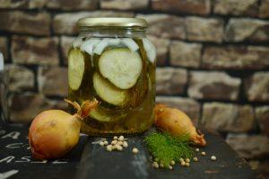 Früher war es selbstverständlich Obst und Gemüse für den Winter einzukochen und haltbar zu machen. Quelle: Pixabay.com