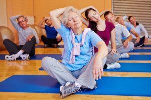 Mit regelmäßiger Bewegung bleiben Sie auch fit im Kopf. Quelle: Shutterstock.com
