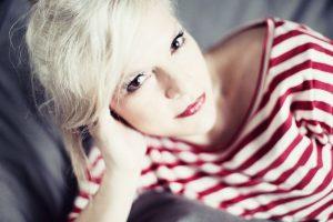 Ina Müller die charmante Entertainerin und Sängerin mit neuer CD. Quelle: Universal Music/Sandra Ludewig