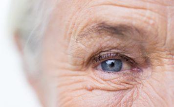 Einen schönen Menschen entstellt nichts -also auch nicht das Alter! Dennoch sollten wir unsere Haut auch im Alter gut versorgen. Bildquelle: shutterstock.com