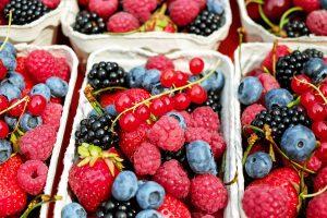 Der Sommer lädt mit frischen Beeren direkt vom Feld ein. Quelle: Pixabay.de