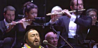"""Die Arie """"Nessun Dorma"""" aus Puccinis Turandot gesungen von Luciano Pavarotti. Quelle: Shutterstock.com"""
