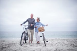 Beweglichkeit, Mobilität und vor allem Selbstbestimmung sind wichtige Faktoren in der Generation 59plus. Bildquelle: © Shutterstock.com