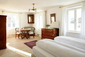 Jedes Zimmer im Ottmanngut ist liebevoll restauriert und gestaltet. Quelle: Ottmanngut – Suite & Breakfast