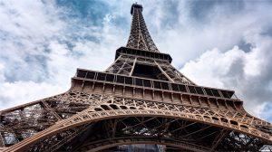 Der Eiffelturm ist eine der Hauptattraktionen von Paris. Quelle: Pixabay.com
