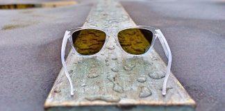 Eine gute Sonnenbrille schützt das Auge vor der schädlichen UV-Strahlung.