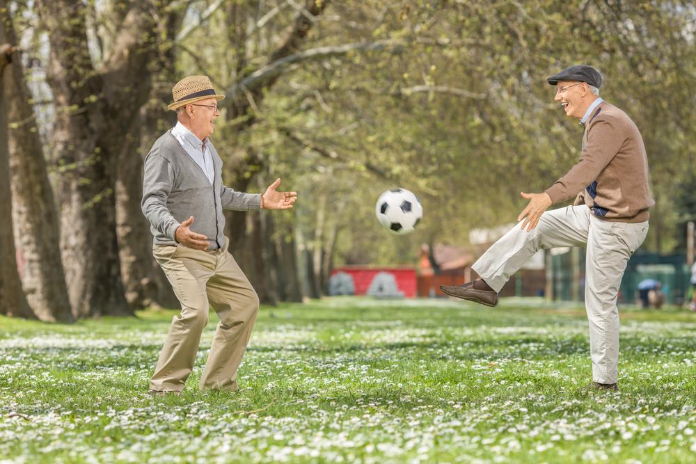 Bewegung, frische Luft und gute Ernährung sind ein wichtiger Schlüssel dafür das Gewicht zu halten. Bildquelle: © Shutterstock.com