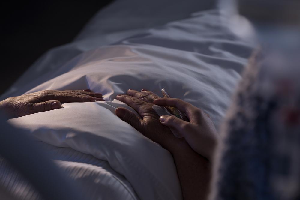 Sterbehilfe – ein wichtiges Thema. Quelle: Shutterstock.com