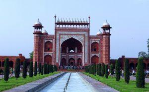 Das Eingangstor des Taj Mahal. - Pixabay.de