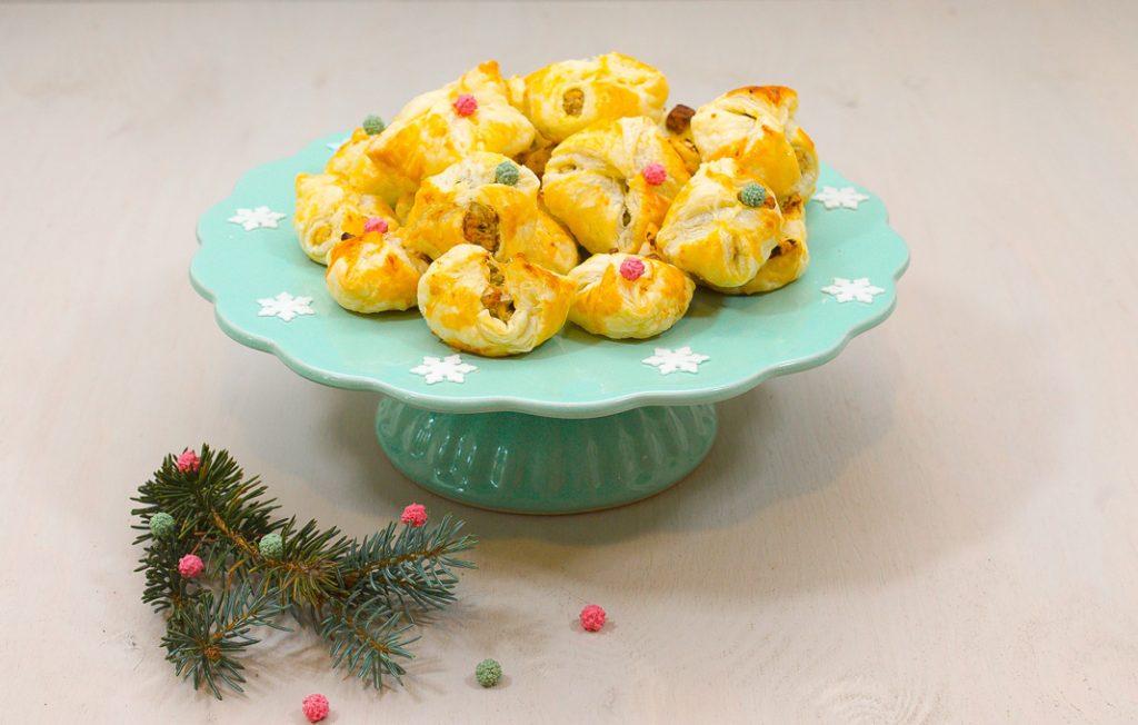 Weihnachtspäckchen, gefüllt mit süßen Leckereien. Quelle: Katrin Wrobel