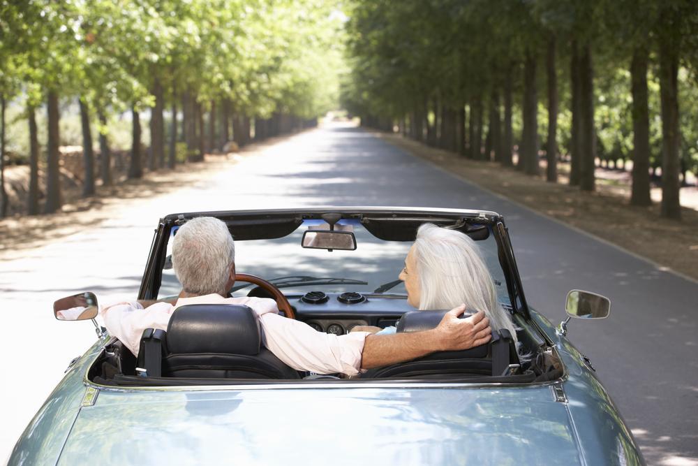 Manche Versicherungen bleiben auch im Ruhestand wichtig. Bildquelle: © Shutterstock.com