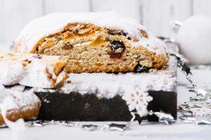 Vom einfachen Weißbrot zum leckeren Christstollen. Quelle: Shutterstock.com