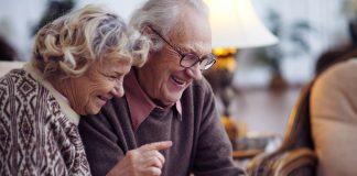 Glück und Zufriedenheit im Alter werden maßgeblich durch die eigene Wohnsituation beeinflußt. Bildquelle: shutterstock.com