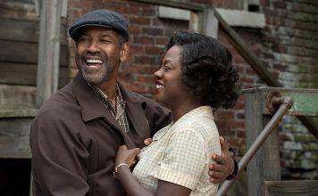 Sie lieben und sie streiten sich: Denzel Washington und Viola Davis als Troy und Rose Maxson in FENCES. Quelle: © 2016 Paramount Pictures. All Rights Reserved.