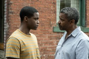 Troy erklärt seinem Sohn die Welt und das Leben als Afro-Amerikaner. Quelle: © 2016 Paramount Pictures. All Rights Reserved.