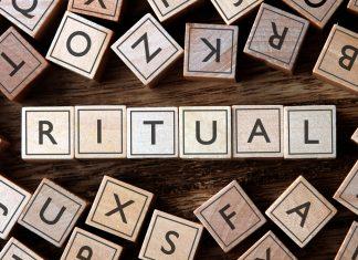 """Das Ritual"" - dumme Angewohnheit oder steckt doch mehr dahinter? Bildquelle: Shutterstock.com"