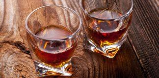 Whiskey im Glas. Quelle: Shutterstock.com