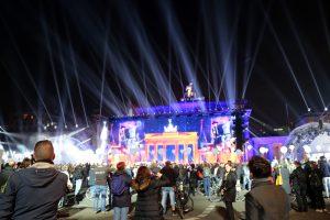 Die Feierlichkeiten zum Tag der deutschen Einheit 2015. Quelle: Shutterstock.com