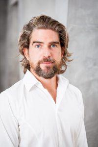 Familienunternehmen in 2. Generation - Nils Glagau, Geschäftsführer des Familienunternehmens Orthomol. Bildquelle: Orthomol GmbH