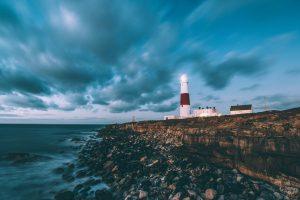 Der Leuchtturm: Mythos und Anziehungskraft der einsamen Riesen. Bildquelle: Pixabay.de