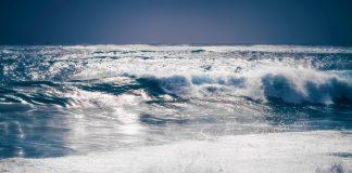 Die Seebestattung - für immer verbunden mit den Elementen. Bildquelle: Shutterstock.com