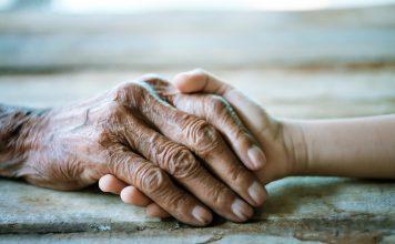 Leben uns Sterben sind unmittelbar miteinander verbunden. Bildquelle: Shutterstock.com