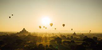 Es hat immer etwas magisches, wenn Heifluftballons lautlos über den Horizont schweben. Bildquelle: pixabay.de