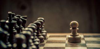 Bobby Fischer: Eine Schachlegende zwischen Genie und Wahnsinn. Bildquelle: Shutterstock.com