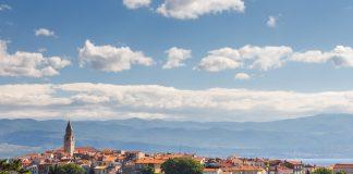 Wein verbindet man nicht unbedingt mit dem Urlaubsland Kroatien. Doch der Anbau hat hier eine lange Tradition. Bildquelle: pixabay.de
