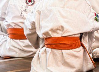 Ander als viele glauben ist Karate nicht nur für Jungspunde. Quelle: pixabay.de