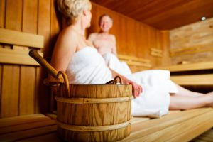 Als Vorbeugung ist ein regelmäßiger Saunabesuch sehr zu empfehlen. Bildquelle: shutterstock.com