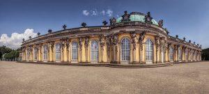 Das Schloss Sanssouci gehört zum UNESCO Wltkulturerbe. Bildquelle: Pixabay.de