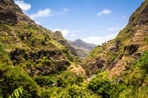Strand oder Berge - Sie haben die Qual der Wahl auf den Kapverdischen Inseln. Bildquelle: shutterstock.com